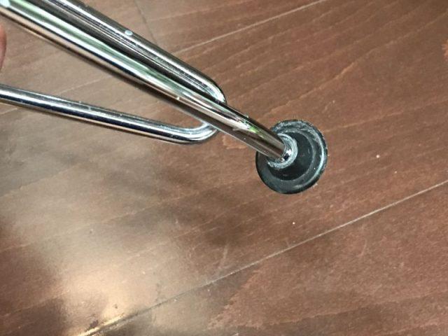 グライズキャップ装着前のエッフェルの足